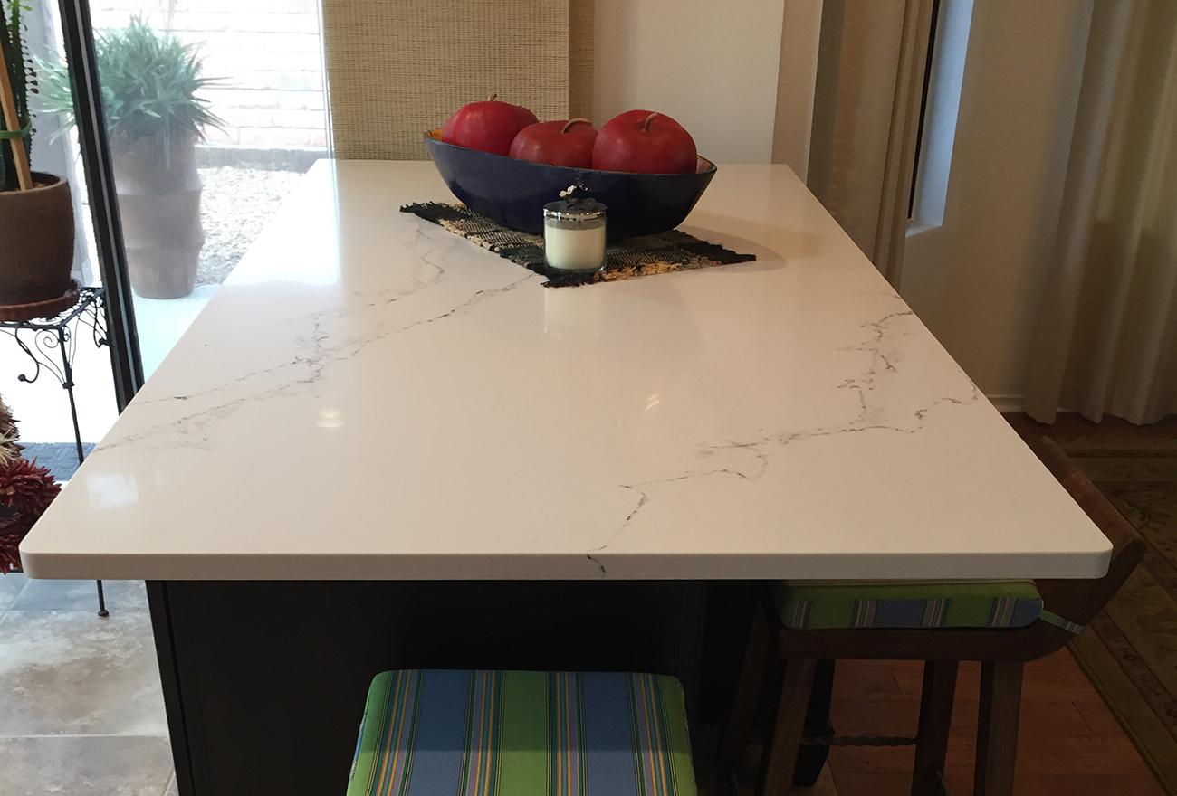 Tucson Cabinets & Stoneworks breakfast bar (image)